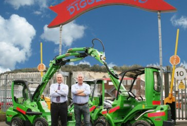20 Avant Compact Loaders Make Their Way to Diggerland!