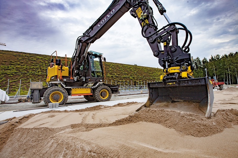The Latest Control Technology from Engcon