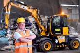 JCB Hydradig Fits the Bill