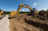 Cat 320 Comes to Hillhead