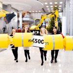 JCB Employees Receive £500 Christmas Bonus