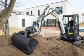 BOBCAT R-SERIES: About the Size of It