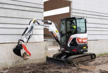 First UK R-Series E26 & E27z Excavators at KC Plant