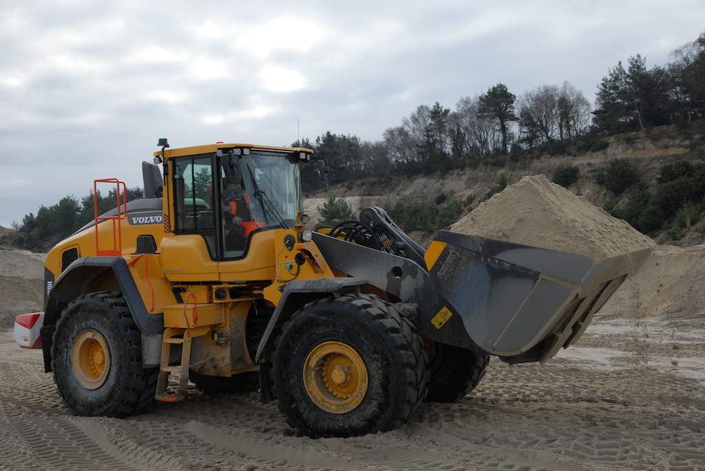 Holmes Sand and Ballast bag two new Volvo L150Hs