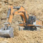Quarrying Equipment   Liebherr R976 crawler excavator