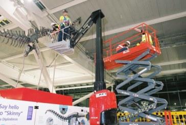 AFI Major Projects: 2-day dinosaur skeleton installation at Heathrow Terminal 5