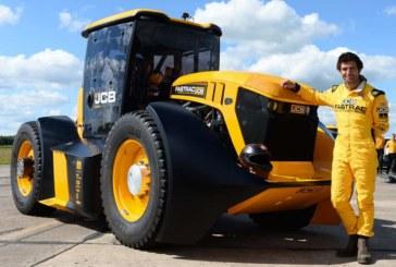 JCB Fastrac tractor sets British speed record