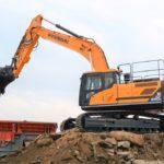 New Hyundai HX300L proves 'crushing' success for Derbyshire company
