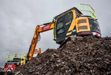 Simply funds three excavators for Hawkes Group
