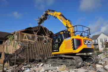X Series the key to customer's return to JCB
