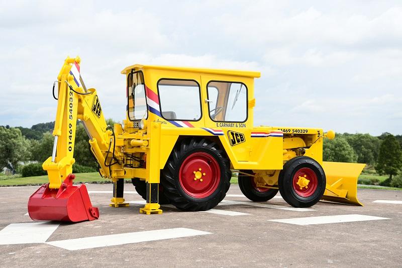 Vintage JCB machine restored to former glory