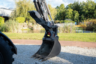 Mecalac introduces hydraulic thumb for 6MCR and 7MWR excavators