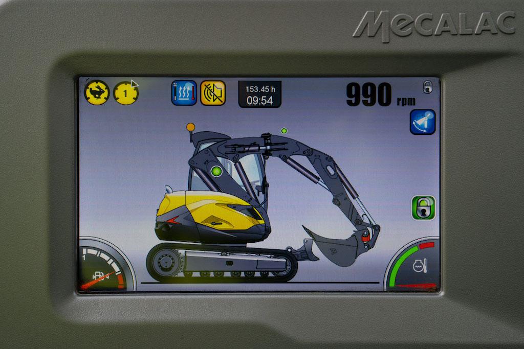 Mecalac unveils new transmission for MCR crawler skid excavators