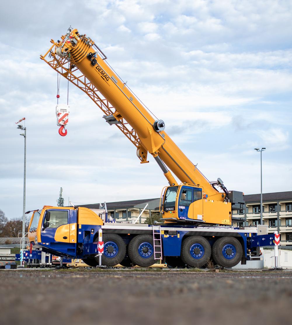 The new Demag AC 80-4 all terrain crane