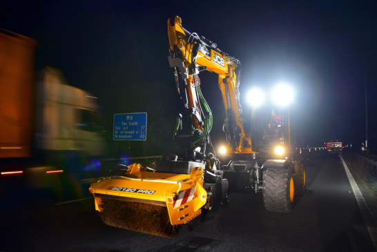 JCB's pothole fixer proves its worth on M6 fast lane night shift
