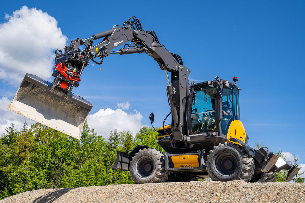 Mecalac launches MR50 and MR60 tiltrotators