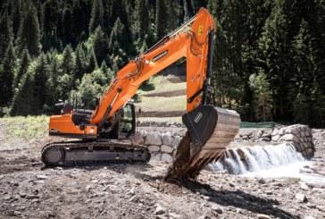 Doosan adds new DX245NHD-7 heavy duty crawler excavator